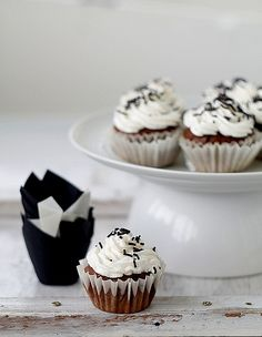 chocOlate and sour cherry muffins