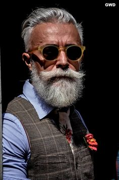 Hipster Hairstyle For Men 35 Best Men's Hairstyles For Over 50 Years Old Latest Haircuts For Older Men Older Men Haircuts, Older Mens Hairstyles, Hipster Hairstyles, Latest Haircuts, Men's Hairstyles, Beards And Mustaches, Grey Beards, Short Hair With Beard, Hair And Beard Styles