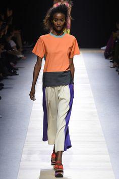 Pinterest: @serenajarha  Issey Miyake ready-to-wear spring/summer '16 - Vogue Australia