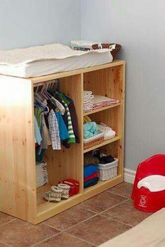 Mueble bebé montessori