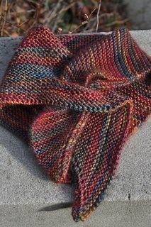 Mountain Colors yarn - FREE pattern - shawl in garter stitch Shawl Patterns, Knitting Patterns Free, Free Knitting, Free Pattern, Crochet Patterns, Simple Pattern, Sweater Patterns, Vintage Knitting, Stitch Patterns
