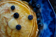 Traditional Sourdough Pancakes are a great way to use up excess sourdough starter. They require just sourdough starter, flour, eggs, salt and baking soda. Sourdough Pancakes, Sourdough Recipes, Pancakes And Waffles, Blueberry Pancakes, Sourdough Bread, Fluffy Pancakes, Crepes, Real Food Recipes, Cooking Recipes