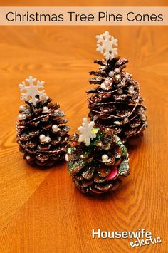 As the snow falls outside, we pull out the kids crafts inside. I love to craft with my 4-year-old, especially crafts where she can make most of the craft by herself, with some supervision. These darling Pine Cone Christmas Trees were perfect!  You will need:  Small pearl type beads Mod Podge Twine Glitter Plastic Snowflakes …