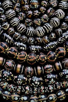 Beautiful antique Venetian beads from the African trade. Jack DeWitt has done a most beautiful series of bead photos (many Picard collection beads) that he offers as bead photo blank cards with envelope.