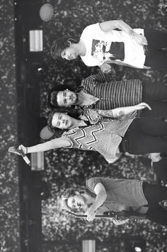 Niall, Harry, Liam, Louis I almost wrote Zayn, still not used to him not being there
