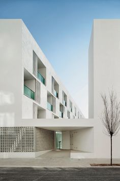 Sozialer Wohnungsbau für Senioren in Barcelona, GRND82