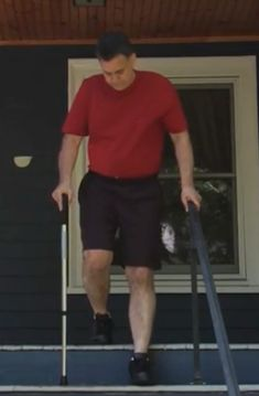 Total knee replacements are common with more than procedures performed each year in the United States. Hospitals and doctors have been great about educating patients regarding their surgery… Knee Replacement Recovery, Knee Replacement Surgery, Joint Replacement, Arthritis Exercises, Knee Exercises, Stretches, Knee Surgery, After Surgery, How To Strengthen Knees