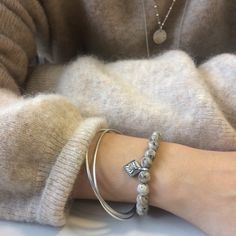 Bracelet Maya Bangles, Bracelets, Maya, Silver, Jewelry, Jewellery Making, Money, Arm Bracelets, Jewelery