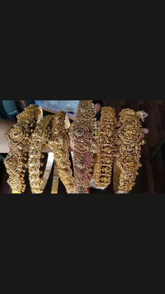 Gold Earrings, Gold Jewelry, Happy Marriage, Temple Jewellery, Indian Jewelry, Destination Wedding, Fashion Jewelry, Jewelry Design, Bangles