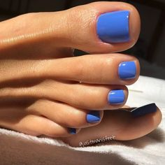 138 most amazing summer nail color 2019 page 48 Nageldesign Fantastic Nails, Amazing Nails, Cute Nails, My Nails, Blue Toe Nails, Blue Toes, Gel Toe Nails, Pretty Toe Nails, Toe Nail Art