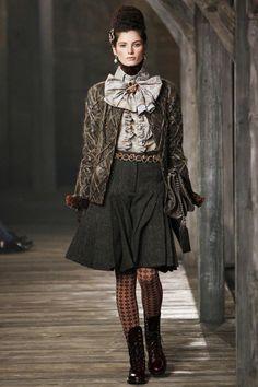 Chanel | Pre-Fall 2013 Fashion Shows