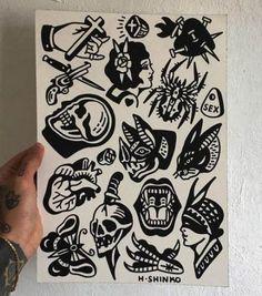 Tattoo Old School schwarzer Tinte tat 24 + Ideen - Whitney Black Tattoos, Small Tattoos, Tattoos Lindas, Geometric Tatto, Old School Tattoo Designs, Initial Tattoo, Arm Tats, Traditional Tattoo Flash, Tattoo Portfolio