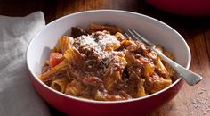 Slow Cooked Beef Ragu with Rigatoni- This recipe was time consuming but delicious. If your family love rich beef meals, than this is for you. I added a fair bit of extra pepper and a little salt. Slow Cooker Soup, Slow Cooker Recipes, Beef Recipes, Cooking Recipes, Beef Meals, Rigatoni Recipes, Pasta Recipes, Recipes Dinner, Kitchens