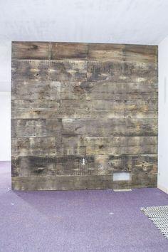 barn wood / plank wall / how-to plank wall / DIY barn wood plank wall / home renovation