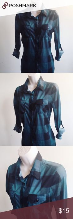 💥New Listing💥 3/4 Sleeve Button Down Shirt in very good Condition  Any Questions Please Ask before Purchase No Paypal || No Trades || Posh Rules Only  Shipping:  Bundle and Save on Shipping Items are shipped within 24-48 hours of payment {Mon-Fri.}  Please Check Out my other listings for the best in brand new and gently used clothing, shoes and accessories. Happy Poshing!!! Lavish®Couture Tops Button Down Shirts