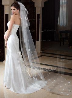 b5ee6896b1  € Tres capas Velos de novia capilla con Corte de borde - JJ s House