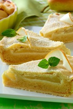Pear cake with vanilla and marzipan - Recipes - bildderfrau.de Pear cake with vanilla and marzipan - Recipes - bildderfrau. Marzipan Creme, Marzipan Recipe, Pear Cake, No Bake Cake, Home Remedies, Chocolate Cake, Donuts, Waffles, Cheesecake