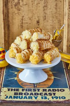 Mindenki kedvence: sajtos roló | Street Kitchen Hungarian Recipes, Hungarian Food, Cake Cookies, Party Time, Cereal, Clean Eating, Food And Drink, Sweets, Snacks