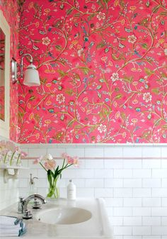 Bold wallpaper with subway tile - love the wallpaper