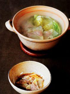 レタスの食感が心地よい、 さっぱり味のワンタン|『ELLE a table』はおしゃれで簡単なレシピが満載!