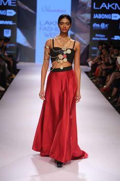 Lakmé Fashion Week – VASUNDHARA AT LFW WF 2015