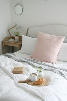 Breakfast in bed with @loafhome crushed Belgian linen | Apartment Apothecary. Love the oversized blush pillow