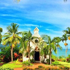 ALL SAINTS CHAPEL & GARDENS - Hamilton Island Weddings