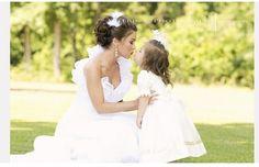 Flowergirl and Bride