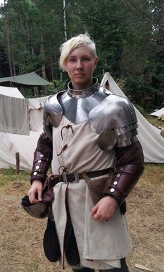 LARP costumeHeavy Armour Female Warrior - LARP costume