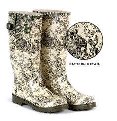 toile boots. GORGEOUS
