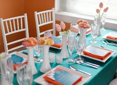 Loving this sunny tablescape from Somewhere Splendid! The blue and orange color scheme is so pretty and fun.