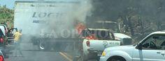 Nuevamente se presentan bloqueos y quema de vehículos en el estado de Michoacán, México.