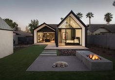 Modern exterior house design exterior paint modern house extension in combination with traditional facade architecture beast Architecture Design, Amazing Architecture, Minimal Architecture, Garden Architecture, House Extensions, Home Additions, Historic Homes, Modern House Design, Villa Design