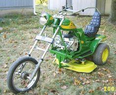 John Deere very fast lawn Mover | En väldigt snabb John Deere gräsklippare