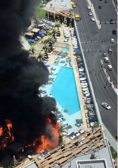 Cabanas and artificial palm trees helped fuel the fire that broke out at The Cosmopolitan hotel of Las Vegas on Saturday, Clark County Assistant Fire Chief Sandra Baker said. Fake Palm Tree, Palm Trees, Las Vegas Hotels, Political Issues, Aerial View, Airplane View, World, Journalism, Cosmopolitan