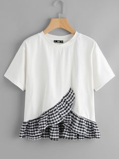 To find out about the Gingham Frill Hem Overlap Top at SHEIN, part of our latest T-Shirts ready to shop online today! Umgestaltete Shirts, Diy Clothes, Clothes For Women, Shirt Refashion, Mode Inspiration, Teen Fashion, Baby Dress, Blouse Designs, Fashion Dresses