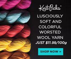 Fiber Flux: How To Make A Nostalgic Granny Square Stocking Crochet Lace Scarf, Crochet Slippers, Crochet Blanket Patterns, Crochet Scarves, Easy Crochet, Crochet Stitches, Free Crochet, Waffle Stitch, Easy Stitch