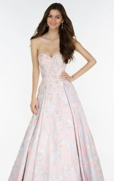 Shop for Alyce Paris prom gowns and homecoming dresses at Simply Dresses. Long evening gowns and short sexy designer party dresses by Alyce. Prom Dress Shopping, Prom Dresses For Sale, Pageant Dresses, Homecoming Dresses, Evening Dresses, Tulle Ball Gown, Ball Gowns, Ball Dresses, Strapless Dress Formal