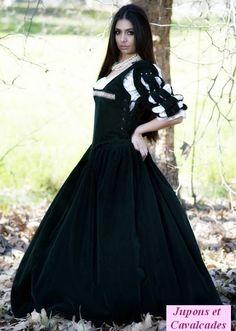 Robe Marie Stuart