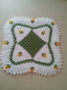 Free 100 crochet and knitting patterns. There are patterns for you, the kids and for baby. See all of your favorite 100 crochet patterns. Crochet Afghans, Afghan Crochet Patterns, Crochet Squares, Baby Knitting Patterns, Baby Blanket Crochet, Crochet Motif, Loom Knitting, Crochet Designs, Crochet Yarn
