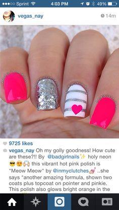 Hot pink nails hearts