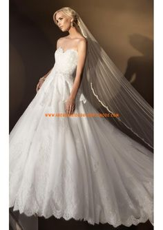 2013 Luxuriöse Brautmode romantisch aus Satin und Organza mit Applikation