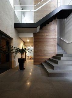 29 Inspiring Modern Staircase Design Ideas – Home Design Interior Stairs, Interior Exterior, Exterior Design, Home Interior Design, Modern Interior, Flur Design, Beton Design, Casa Bunker, Home Modern