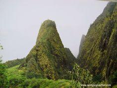 Iao Nedle, Maui In diesem Tal gewann King Kamehameha I. die entscheidende Schlacht, die zur Gründung des Königreichs Hawaii führte.