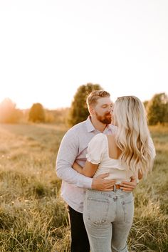 Click to browse the blog of the dreamy midwestern engagement session   Posing inspiration   Outfit Inspiration   Engagement Session Location ideas   Elopement inspiration   Wedding day details   Engagement session planning   Places to Elope   Wedding photography by Raegan Buckley Photography Elope Wedding, Wedding Day, Engagement Session, Engagement Photos, Elopement Inspiration, Wedding Photography, Couple Photos, Outfit, Places
