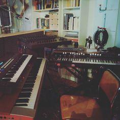 Die Aufnahmen fürs neue Album sind weitgehend fertig. Jetzt wird gemixt. Der Sound ist jetzt schon fantastisch ...