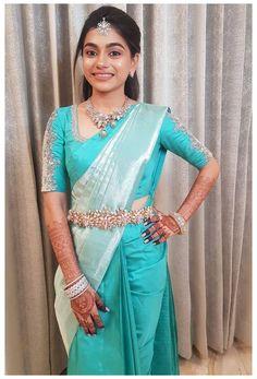 Wedding Saree Blouse Designs, Pattu Saree Blouse Designs, Half Saree Designs, Saree Blouse Patterns, Fancy Blouse Designs, South Indian Blouse Designs, South Indian Wedding Saree, Pattu Sarees Wedding, South Indian Silk Saree