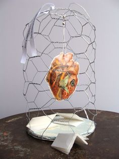 Iwa Sart cage for things that make your heart beet