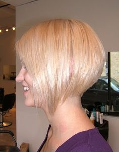Short Inverted Bob Hairstyles For Women Inverted Bob Hairstyles, Cute Hairstyles For Short Hair, Short Hair Cuts For Women, Short Haircuts, Blonde Hairstyles, Hair Styles 2014, Medium Hair Styles, Short Hair Styles, Blonde Bobs