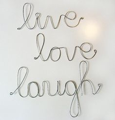 this would be perfect addition to the ones i already have on my walls... Live Laugh Love, Live Love, Creation Deco, Inspirational Gifts, Wire Art, Wire Wrapping, Wire Letters, Etsy, Filo